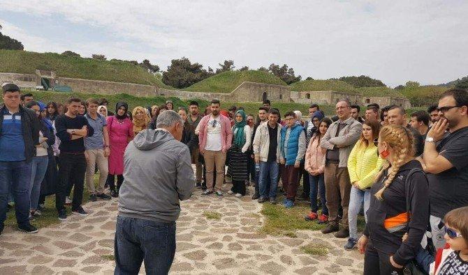 Domaniç MYO Öğrencileri Çanakkale'de Duygu Dolu Anlar Yaşadı