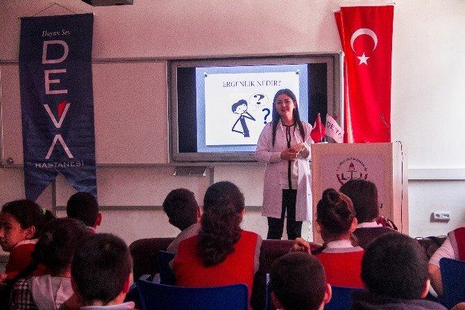 Özel Deva Hastanesi'nden Öğrencilere Psikoloji Semineri