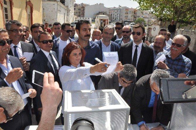 TARİŞ Arsası İçin Referandum