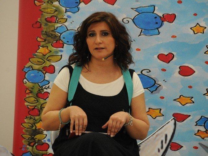 Anadolu Üniversitesi'nde 'Büyüklere Masallar Akustik Söyleşisi'