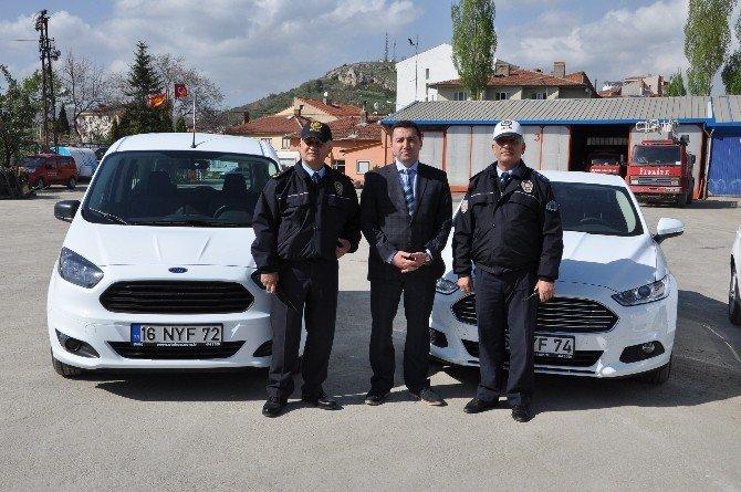 Bozüyük Belediyesi İlçe Emniyet Müdürlüğüne 4 Araç Tahsis Etti