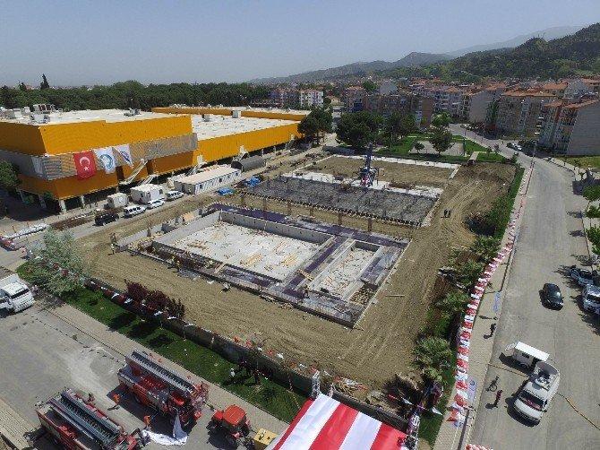 Manisa Büyükşehir'den Salihli'ye Hizmet Şöleni