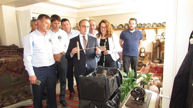 Bülent Turan Yenicede 600 Kişiye Tapu Dağıttı