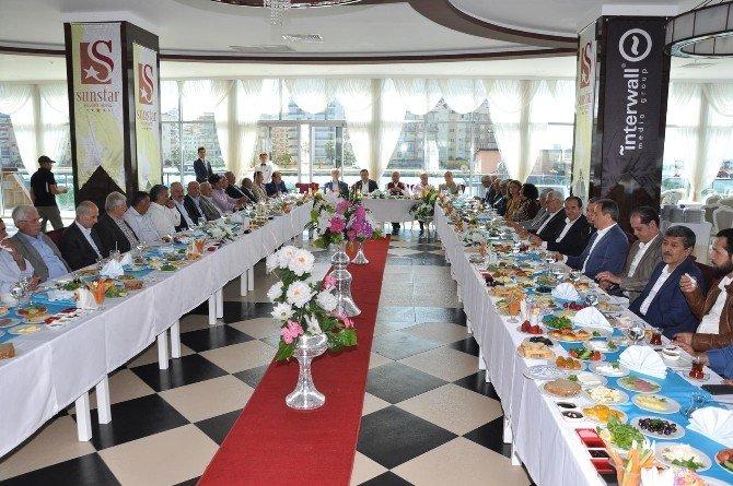 Alanya'da Belediye Başkanları Üçüncü Kez Bir Araya Geldi