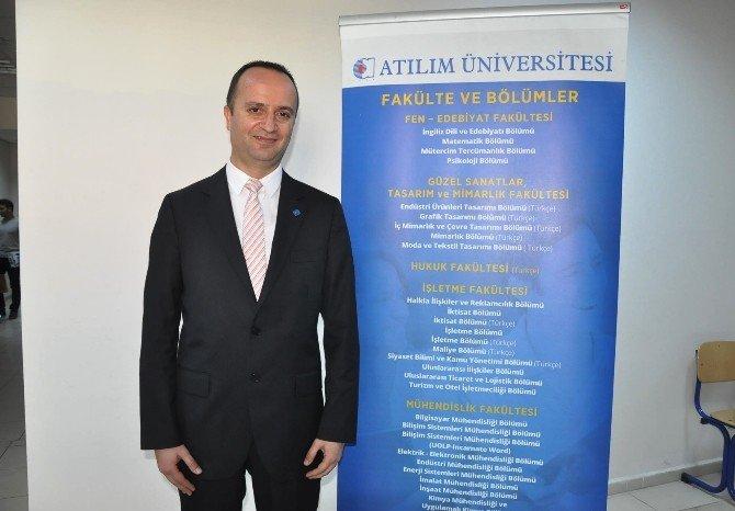 Atılım Üniversitesine İzmir'de Büyük İlgi