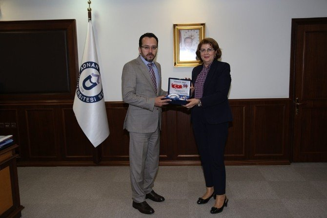 Azerbaycan Eğitim Müşaviri Nesibova'dan Rektör Bircan'a Ziyaret