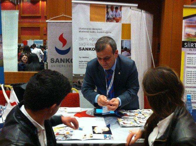 """Sanko Üniversitesi """"Kunib Azerbaycan Bakü Eğitim Fuarı""""nda"""