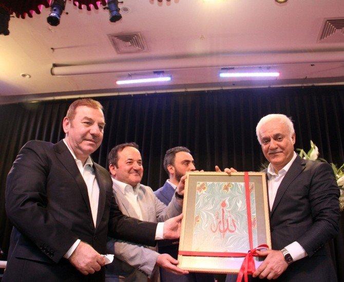 Nihat Hatipoğlu, Esenyurt'ta Duygu Dolu Anlar Yaşattı