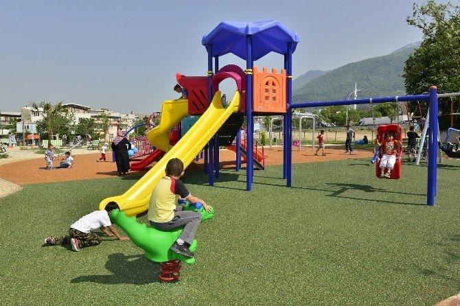 Parklar Yıldırım'ın Çehresini Değiştiriyor