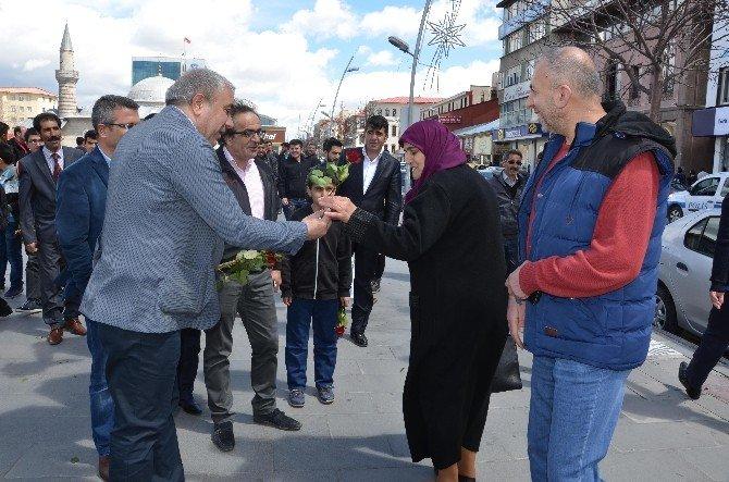 Çat Belediyesi Erzurum'u Gül Yağmuruna Tuttu