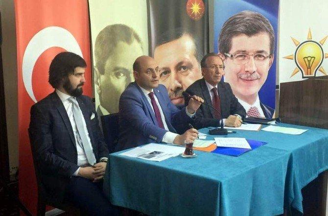 AK Parti'nin Belde Başkanları Ve Belde Belediye Başkanları İstişare Toplantısı'ndan Buluştu
