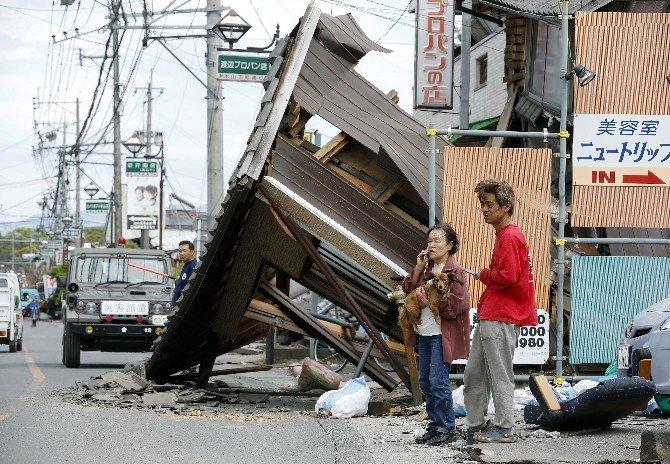 Japonya'daki Depremde Ölü Saysı 28