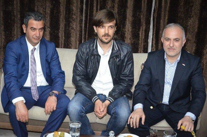 Kızılay Genel Başkanı Viranşehir 2 Müjde Sözü Verdi