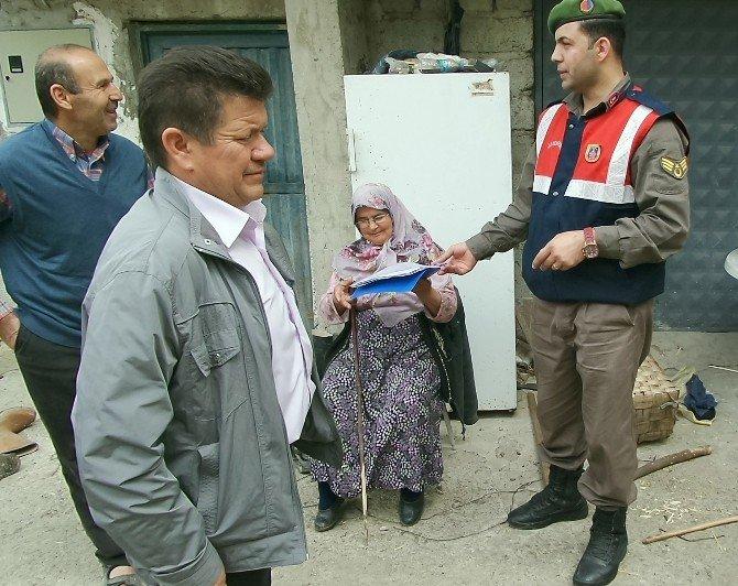 Jandarma Köy Köy Gezerek Halkı Hırsızlık Konusunda Uyarıyor