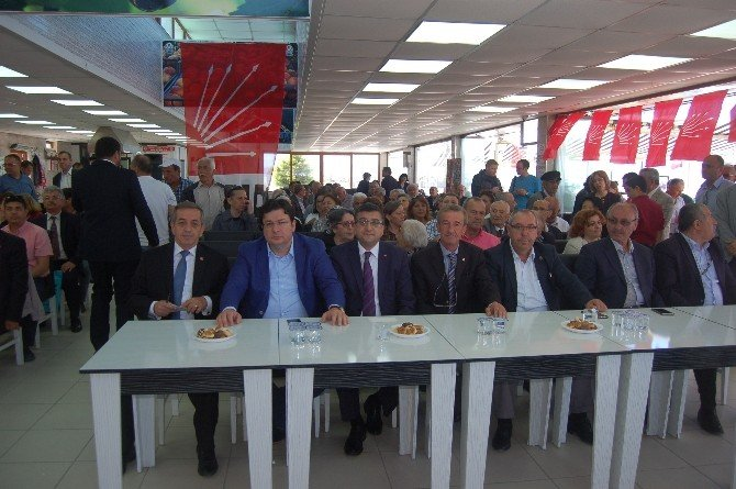 Lapseki'de CHP İlçe Danışma Toplantısı