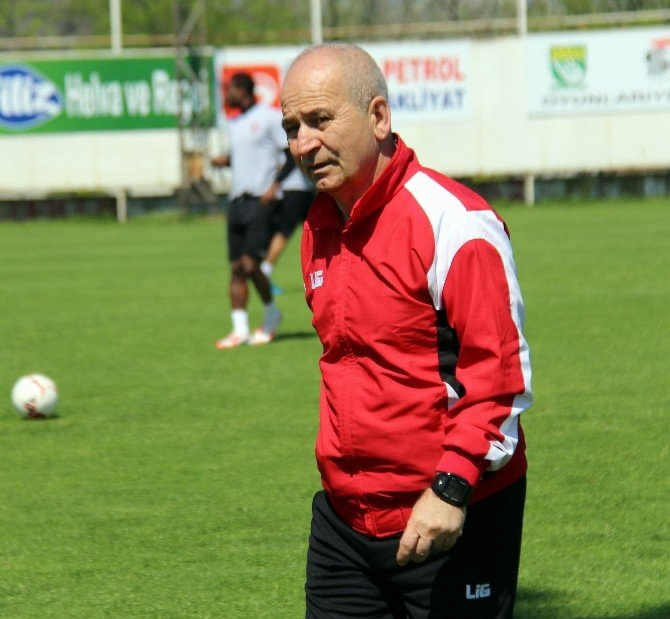 Samsunspor, Giresunspor'u Yenip Avantaj Yakalamak İstiyor