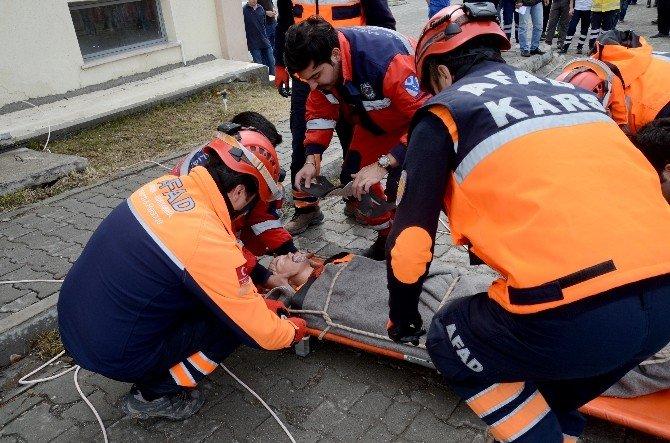 Sarıkamış'ta Deprem Tatbikatı