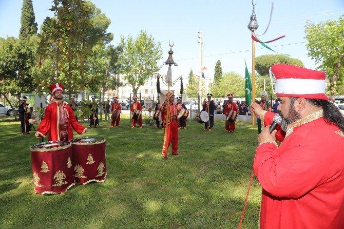 Torbalı'da İlgi Çeken Kutlu Doğum Açılışı