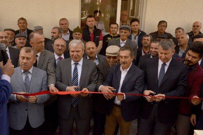 Yeniden Yapılan Yayla Camii İbadete Açıldı