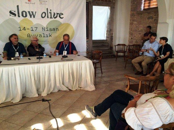 """Ayvalıkta """"Zeytin, Miras Varlığımız"""" Paneli Gerçekleştirildi"""
