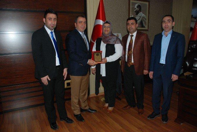 Diriliş Derneği'nden Vali Aksoy Ve Emniyet Müdürü Taşdan'a Ziyaret