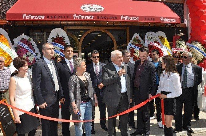 Fıstıkzade 15. Şubesini Başkentte Katmer Ve Baklava Şovuyla Açtı.