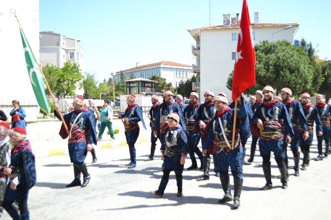 Gelibolu'da Mevlevi Yürüyüşü