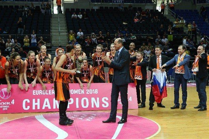 Kadınlar Euroleague'de Şampiyon Ummc Ekaterınburg