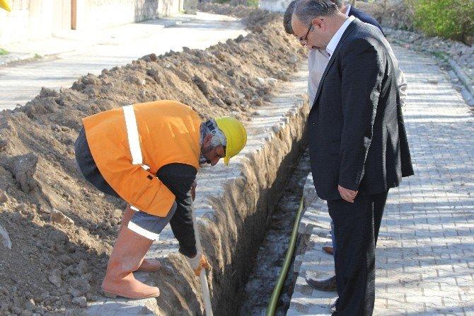 Başkan Şinasi Gülcüoğlu Doğalgaz Çalışmalarını İnceledi