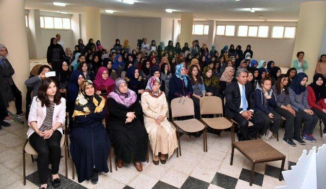 Kepez Belediyesinden Kızlara Pozitif Ayrımcılık