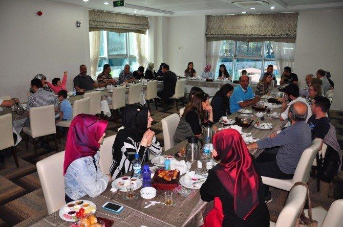 Girişimci Esnaflar Derneği Üyeleriyle Buluştu