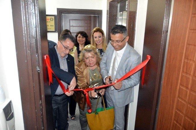 Edremit'te İlk Psikoloji Aile Danışma Merkezi Törenle Açıldı