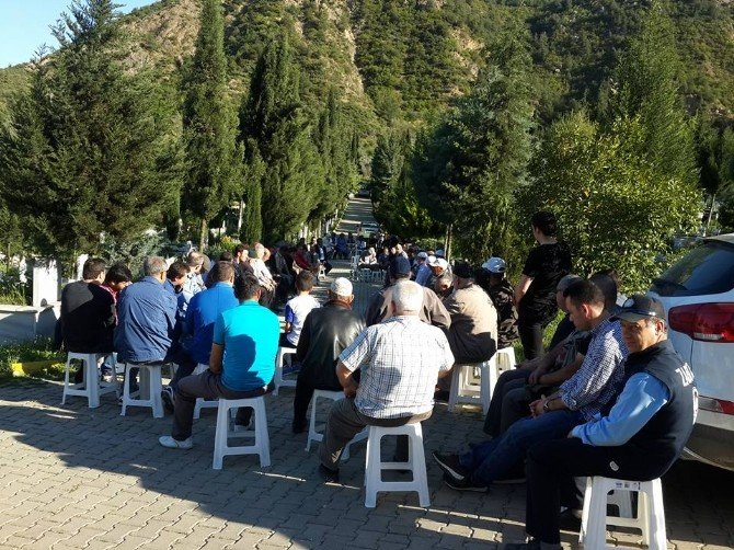 Osmaneli Eski Belediye Başkanı Çetintaş Mezarı Başında Anıldı