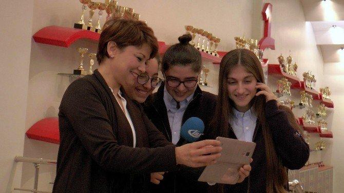 BM Konferansından Gaziantepli Öğrencilere İki Ödül