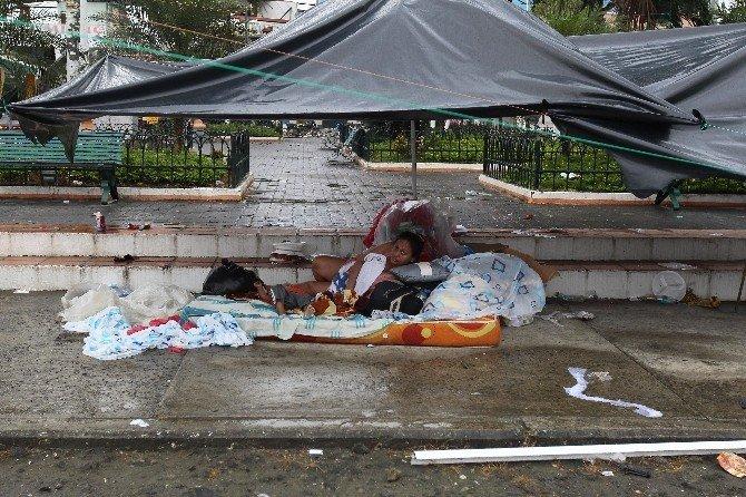 Ekvador'daki Depremde Ölü Sayısı 233'e Yükseldi