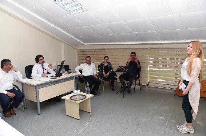 Türk Müziği Konservatuvar Sınavını 17 Öğrenci Kazandı