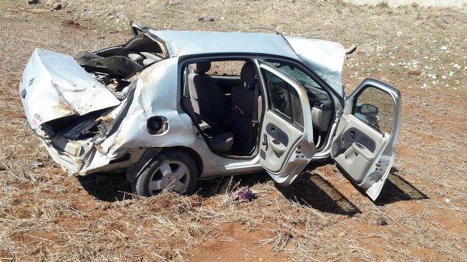 Cenazeye Giderken Kaza Yaptılar: 1 Ölü, 3 Yaralı