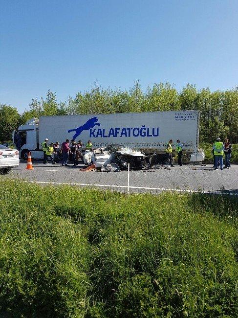 TEM'de Feci Kaza: 1 Ölü, 1 Ağır Yaralı