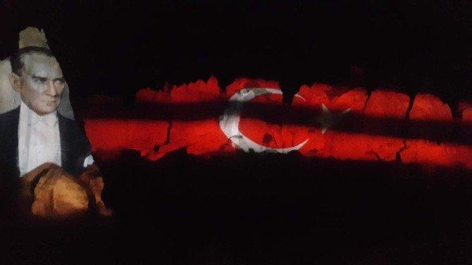 Dünyanın En Uzun Mapping Gösterisi Kapadokya'da Başladı
