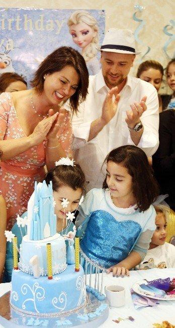 Açelya Akkoyun'un Kızı Sekiz Yaşında