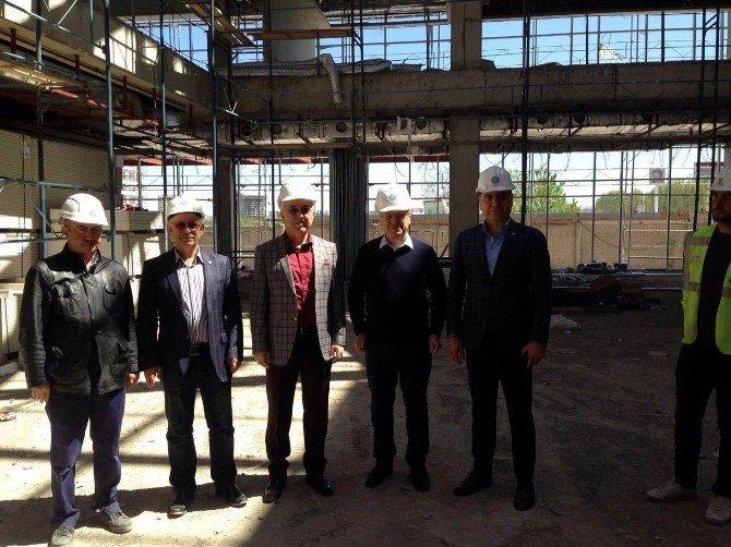 Adana Heyeti KTO'nun Yeni Hizmet Binası İnşaatını İnceledi