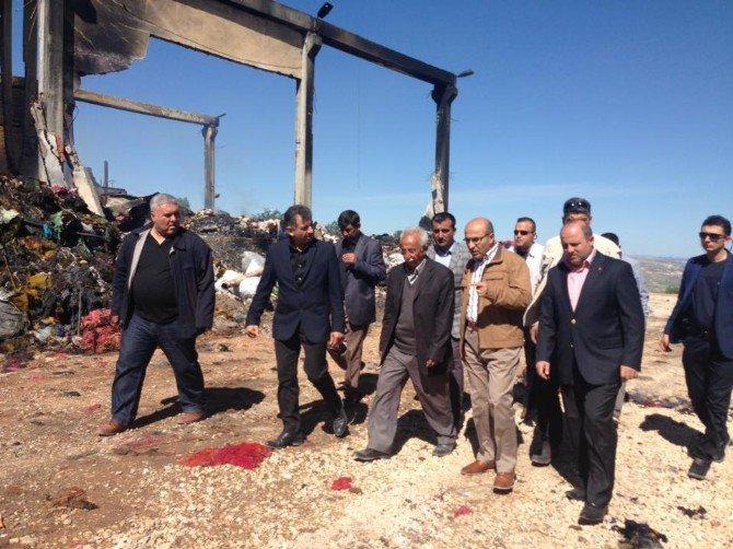 Vali Demirtaş, Yanan İplik Fabrikasında İncelemelerde Bulundu