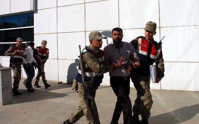 Hayvan Hırsızları Jandarma İle Çatıştı