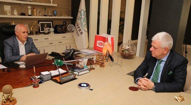 Başkan Ali Ay Taraftardan Özür Diledi