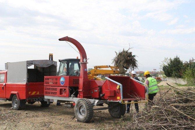 Büyükçekmece Belediyesi Bitki Atıklarını Gübreye Dönüştürüyor