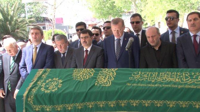 Cumhurbaşkanı Erdoğan, Salih Tuna'nın babasının cenazesine katıldı