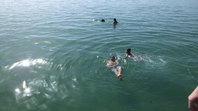 Burhaniye'de Deniz Mevsimi Açıldı