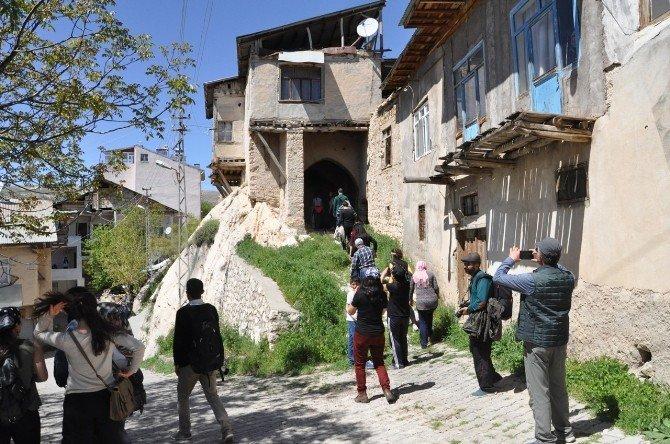 Dersim Gezginler Grubu, Çemişgezek'e Gezi Düzenledi