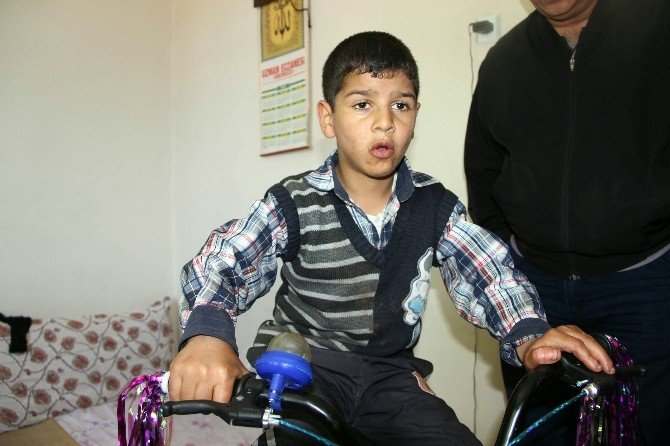 Zihinsel Engelli Çocuk Bisiklet Hayaline Kavuştu