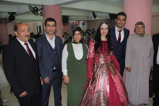 Ağrılılar Bolu'da Düğünde Buluştu